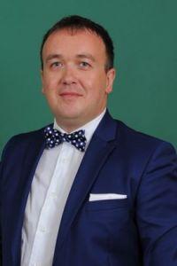 Dr Darko Vuković